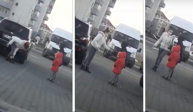 O femeiedin Sibiu şi-a oferit şosetele unui copil care cerşea pe stradă desculţ, în frig