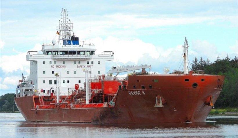Petrolier capturat de pirați în vestul Africii: 15 marinari au fost răpiți de pe vas. MAE: Nu existau români la bordul acestuia