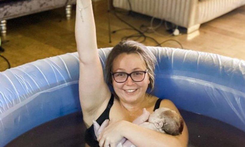 Naştere acasă, LIVE pe Instagram. O femeie a filmat travaliul timp de 36 de ore