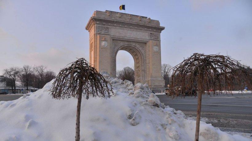 Frig, ploi şi lapoviţă în Bucureşti. Meteorologii au anunţat cât mai stă iarna în Capitală
