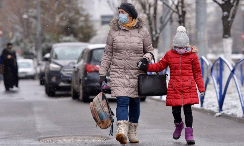 Şcolile şi grădiniţele din Popeşti - Leordeni se închid pentru 14 zile. Rata de infectare a sărit de 6