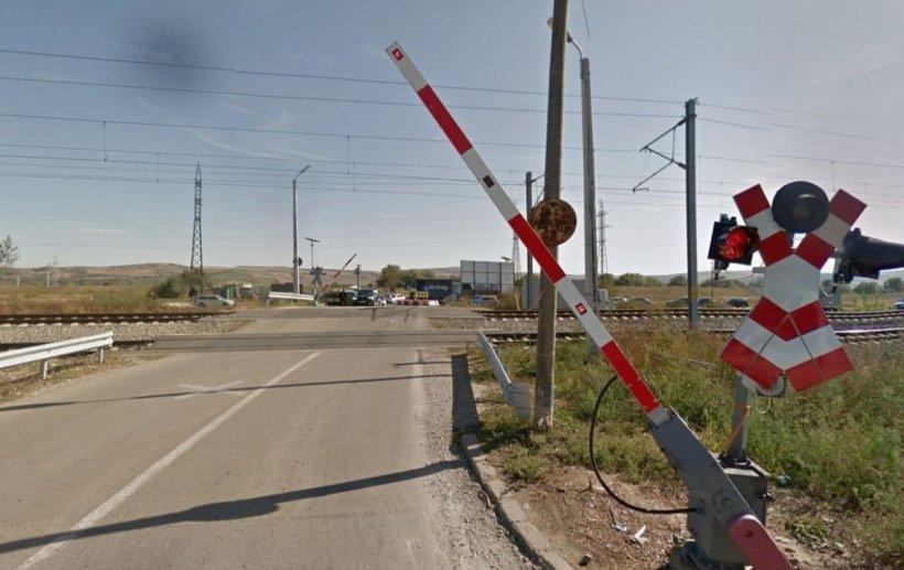 """Un șofer a demonstrat abuzul Poliției Rutiere la o trecere de cale ferată. Le-a stricat """"planul de amenzi"""""""