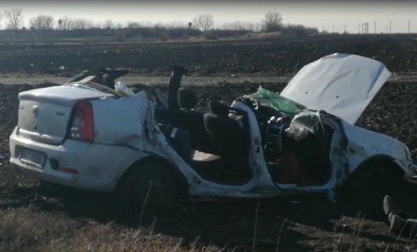 Trei oameni au murit pe loc într-un Logan, accident cumplit în Buzău | VIDEO