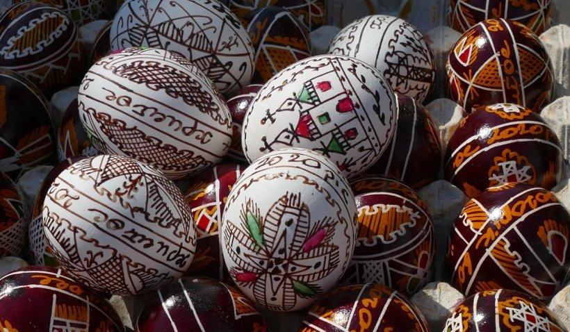 Când pică Paștele 2021. Tradiții și obiceiuri în noaptea de Înviere