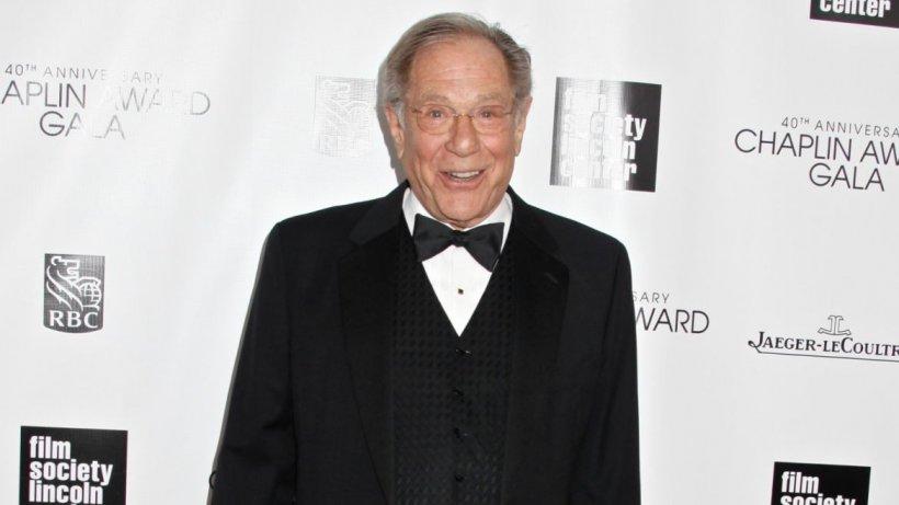 Doliu la Hollywood! Celebrul actor, George Segal, și-a pierdut viața în timpul unei intervenții chirurgicale