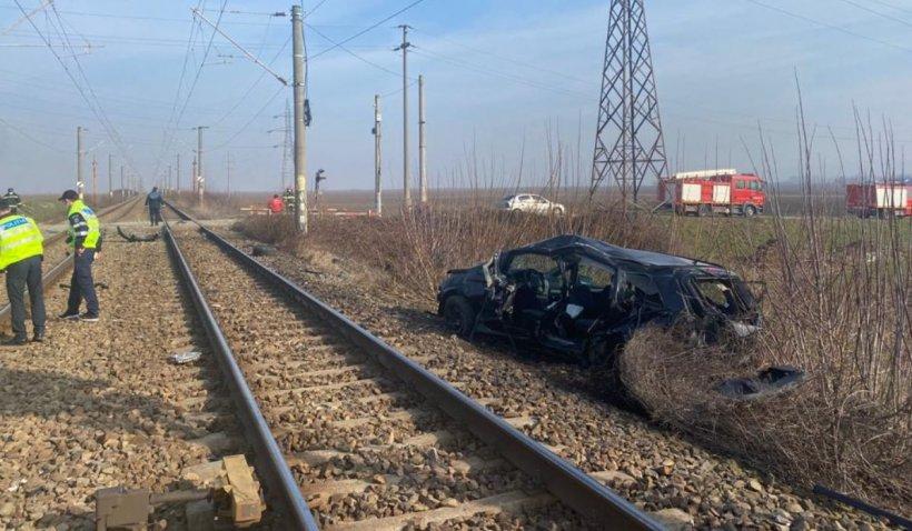 Un pompier a murit sub ochii fetiţei lui într-un accident de tren în Şişcani, Vrancea