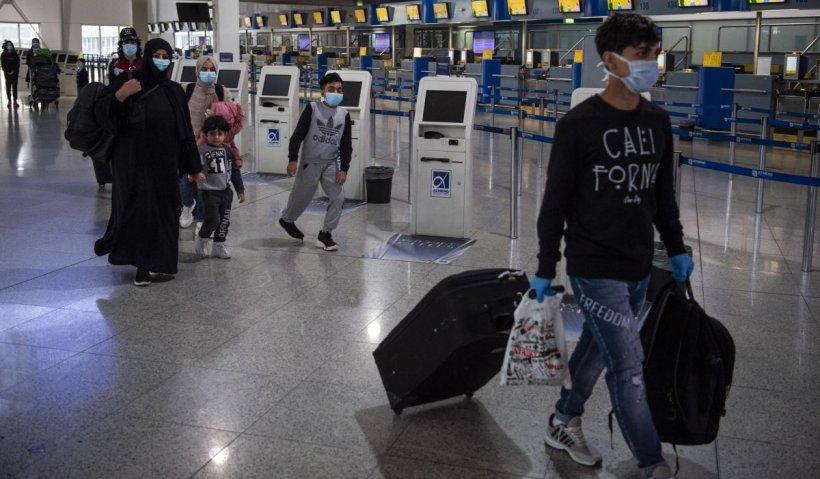 Migranţi sirieni, care se dădeau sportivi din România, au fost arestaţi la Atena