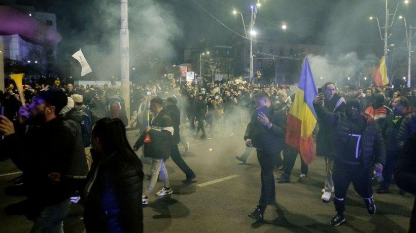 """Dr. Carmen Dorobăţ, despre protestele din ţară: """"Noi ca medici înţelegem acest lucru. Nu numai noi suntem obosiţi după un an de luptă!"""""""
