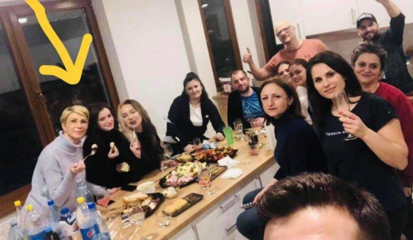 """Gabriela Firea, după ce Raluca Turcan a fost fotografiată fără mască: """"Impuneţi reguli haotice şi aberante"""""""