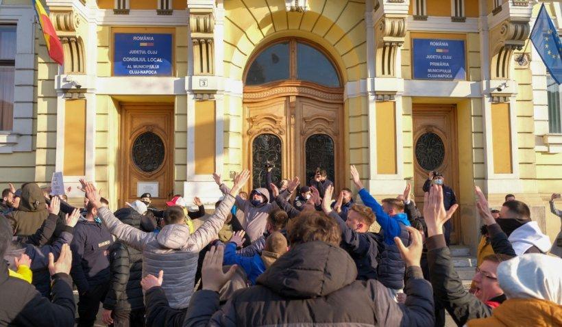 """Noi restricții în Cluj, după ce rata de infectare a trecut de 7.5 cazuri la mia de locuitori: """"Nu se impune carantina"""""""