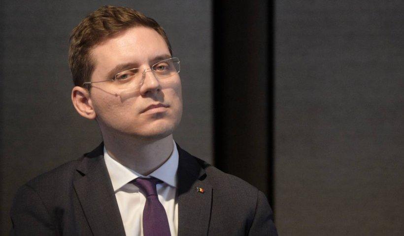 """Europarlamentarul Victor Negrescu, despre digitalizarea educației: """"Vorbim despre alocarea a minim 10% din PNRR"""""""