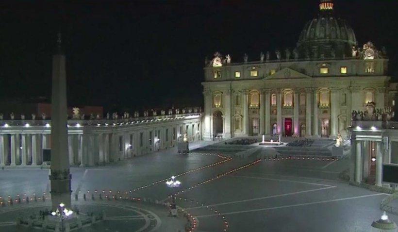 Slujba de Înviere oficiată de Papa Francisc la Vatican, modificată din cauza pandemiei: Care sunt schimbările pentru Paștele catolic 2021
