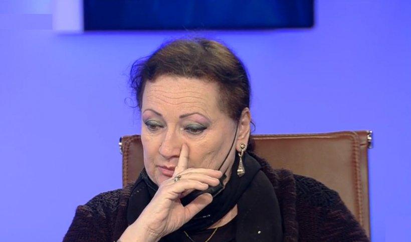 """Monica Pop: """"Am primit un telefon. Avea COVID, stare foarte gravă. Doamna, care a trăit lângă somităţi medicale, nu a mers la spital, spunând că """"acolo se omoară oameni"""""""