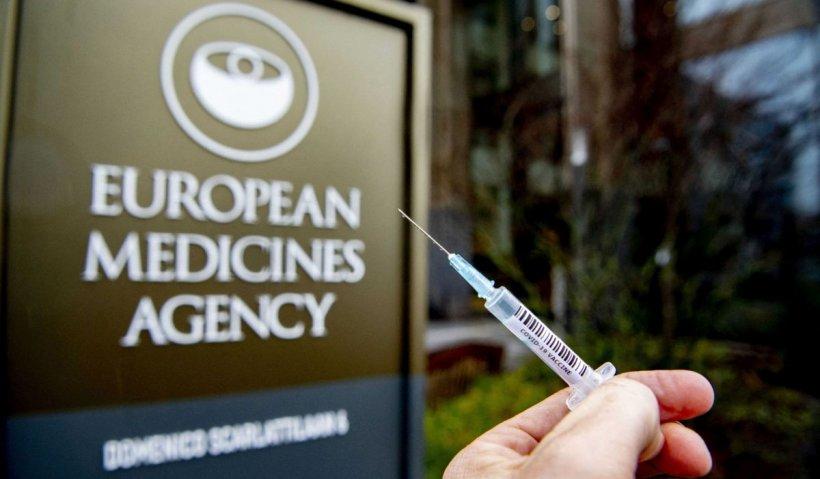 Agenţia Europeană a Medicamentului amână anunţul referitor la AstraZeneca, după ce un oficial a confirmat legătura între vaccin şi cheagurile de sânge