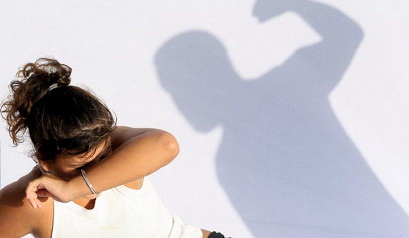 O fată de 19 ani a fost salvată de la viol de un român în Italia