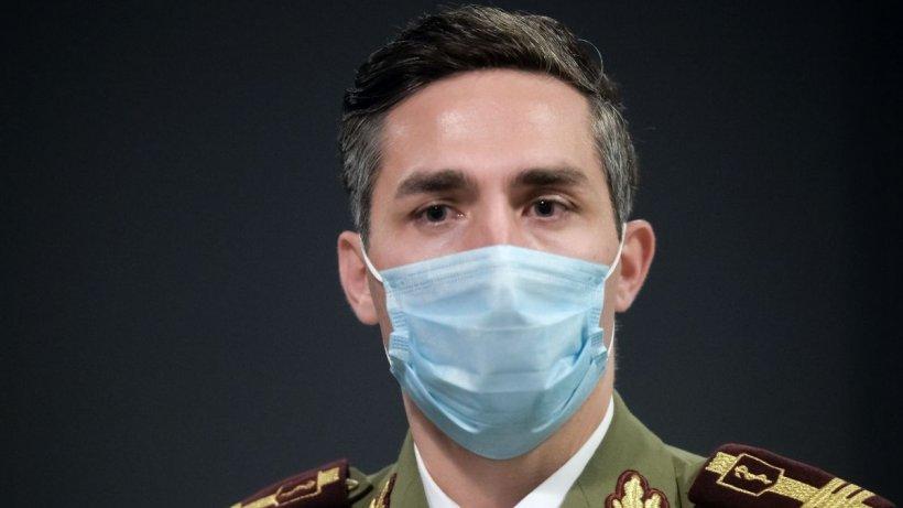 """Dr. Gheorghiță, despre când am putea scăpa de mască: """"Ne protejază nu doar față de infecția cu SARS-COV-2"""""""