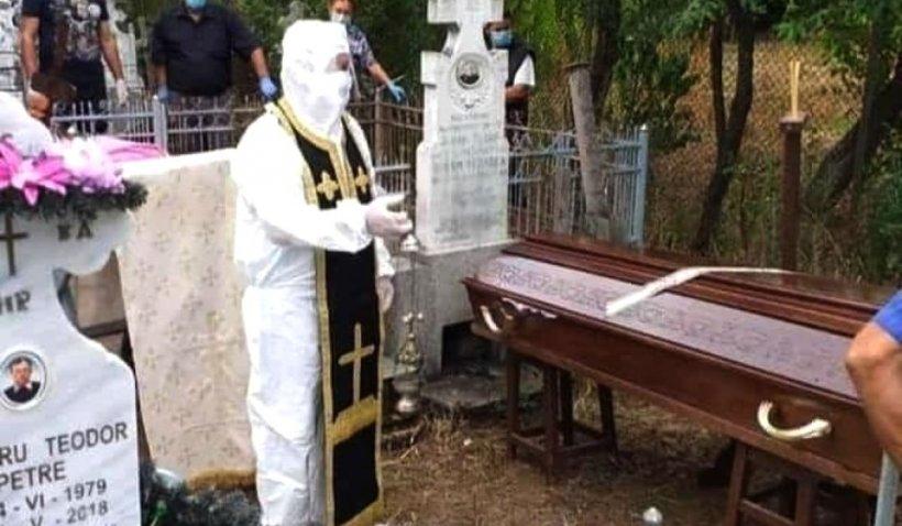 """Drame cumplite în familiile decedaților de COVID: """"Niciun om nu merită să fie îngropat ca un câine!"""""""