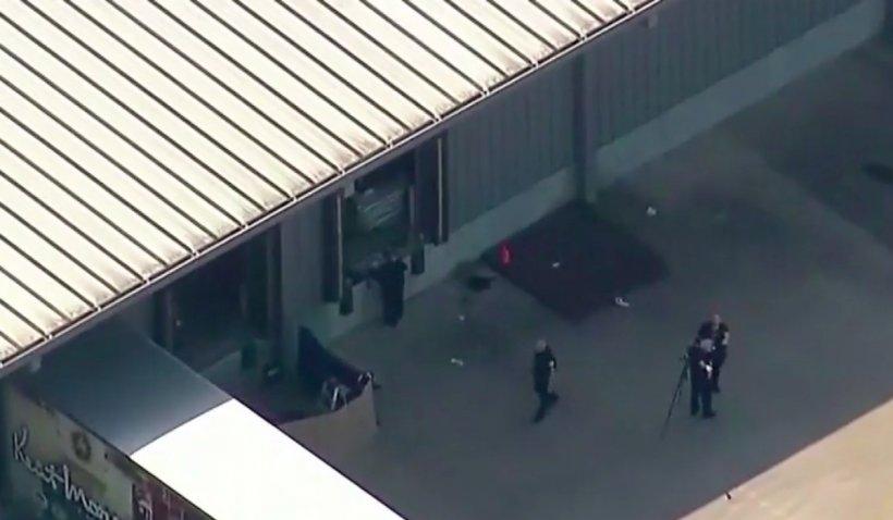 O personă ucisă și alte cinci rănite, într-un atac armat la o fabrică de mobilă din Texas. Patru dintre răniți sunt în stare critică