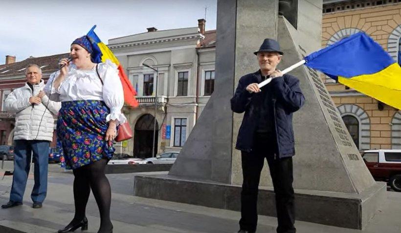 Diana Şoşoacă s-a dus la Cluj să protesteze alături de Gheorge Funar împotriva restricţiilor