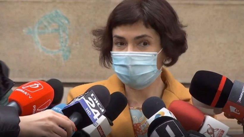 """Andreea Moldovan: """"Nu ascundem nimic! Nimeni nu stă și doarme liniștit și se uită la televizor!"""""""