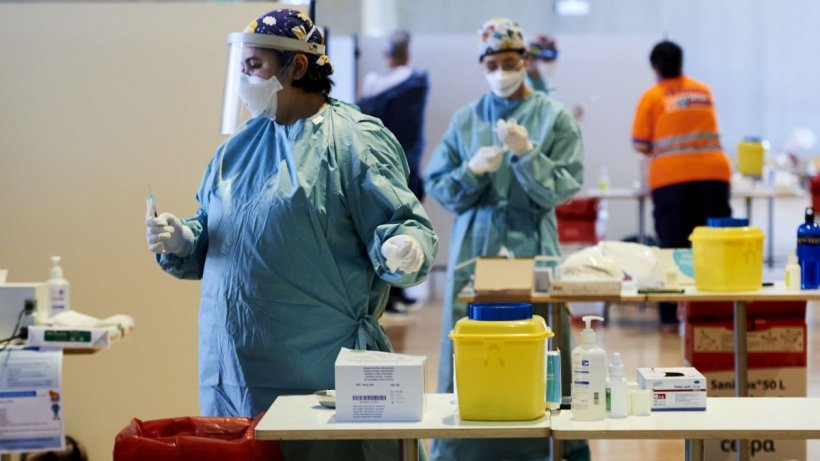 Prima țară care renunță complet la vaccinarea cu AstraZeneca
