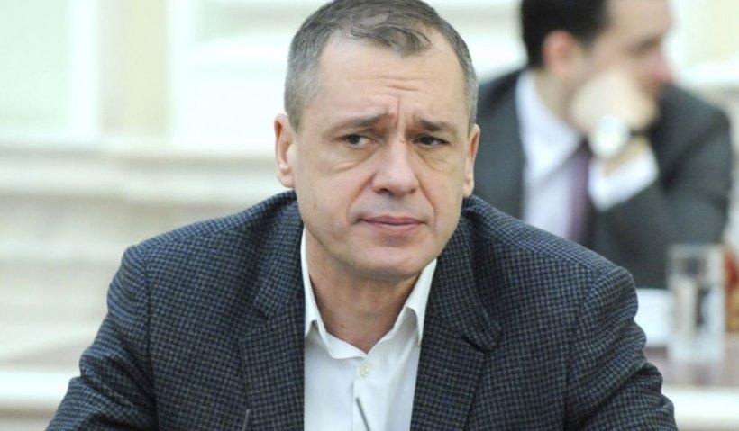 """Mugur Ciuvică: """"Voiculescu a plecat în urma dezvăluirilor făcute de Antena 3. Decizia de revocare, luată de Iohannis"""""""