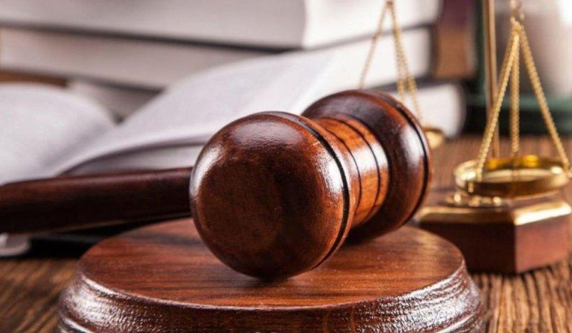 O nouă culme a Justiţiei: Condamnare de doar 9 luni pentru poliţistul din Gherla care a omorât un bărbat pe trecerea de pietoni şi apoi a fugit