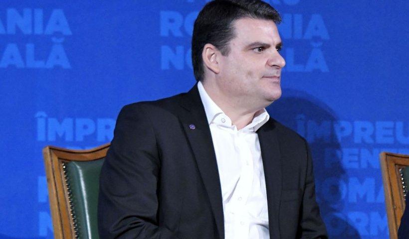 """Radu Tudor, scenariu în criza politică: """"Revine Nicolae Ciucă premier?"""""""