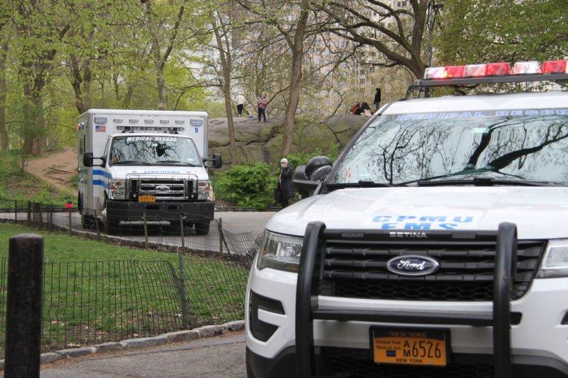 Nouă tineri au fost împușcați la o petrecere aniversară a unui copil de 12 ani, în Statele Unite