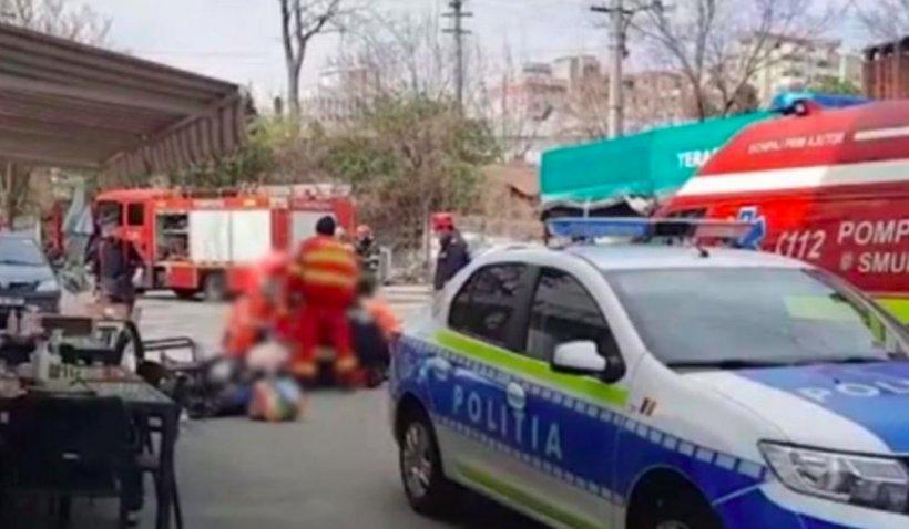Revoltă la înmormântarea bărbatului din Pitești mort după ce a fost imobilizat de polițiști