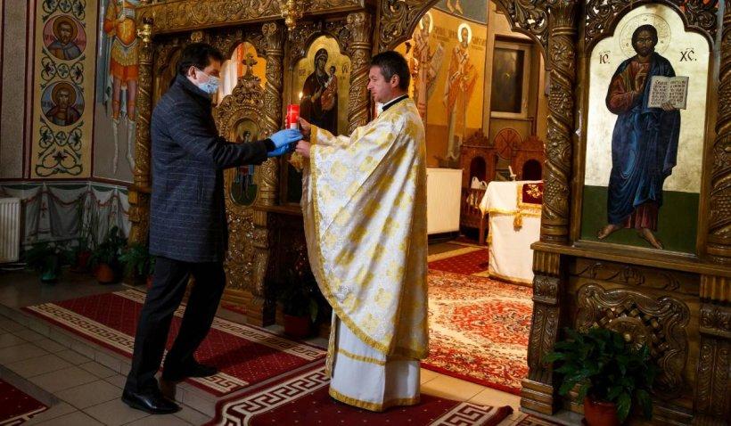 """Slujba de Înviere, oficiată în aer liber. Bănescu: """"Nu se pune problema unei aglomerări în interior"""""""