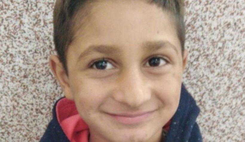 Sebi, copilul dispărut şi găsit după două luni, a murit de frig