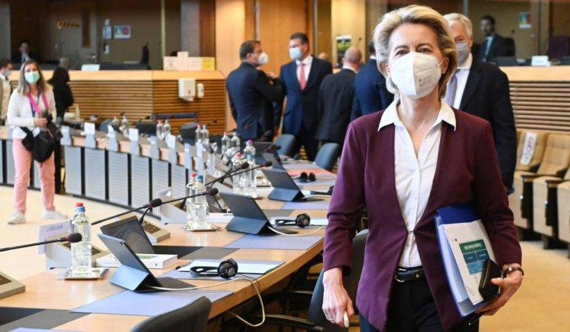Comisia Europeană achiziționează 1,8 milioane de doze de vaccin Pfizer