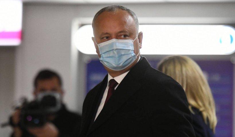 Igor Dodon anunță că va aduce 140.000 de doze de vaccin Sputnik V la Chișinău