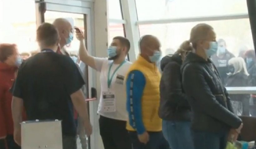 Maratonul de vaccinare de la Timişoara a început. Timp de 3 zile românii se pot vaccina fără programare