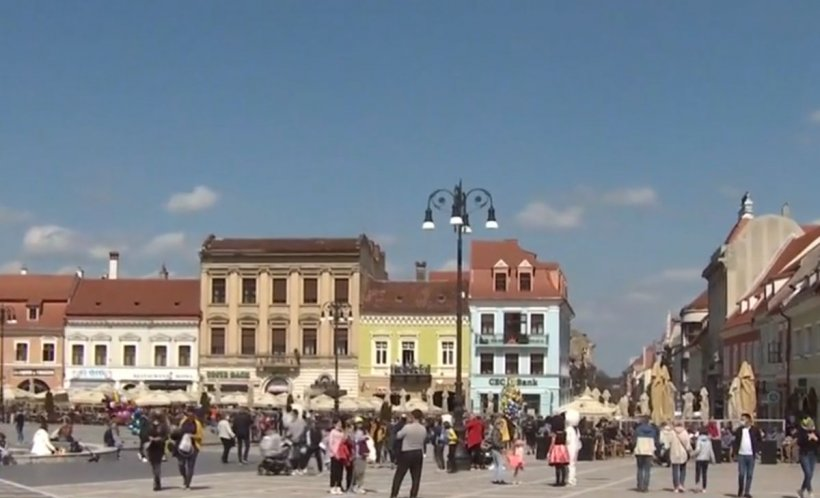 Brașovul, luat cu asalt de turiști în weekendul de Florii