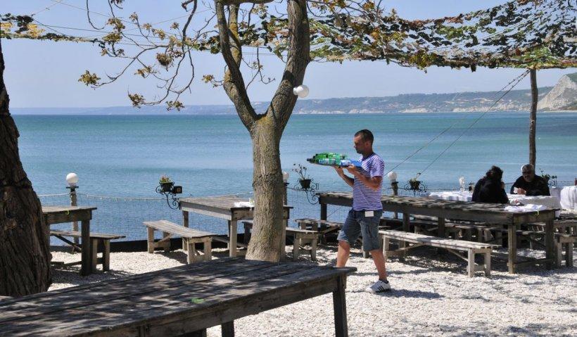 Bulgaria relaxează restricţiile pentru turişti, de la 1 mai. Noile reguli de intrare în ţară