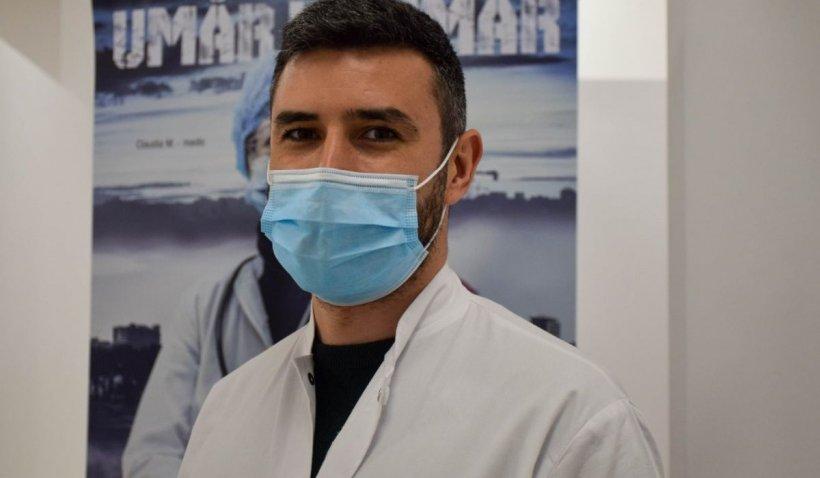 """Un medic român, bolnav de COVID la două luni de la vaccin. Dr. Braga: """"Trei zile au durat simptomele, iar în a șaptea zi, testul era negativ"""""""