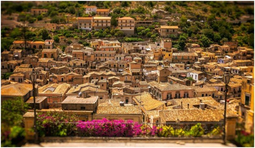 Un oraş din Italia vinde case cu 1 euro, însă cu o condiţie