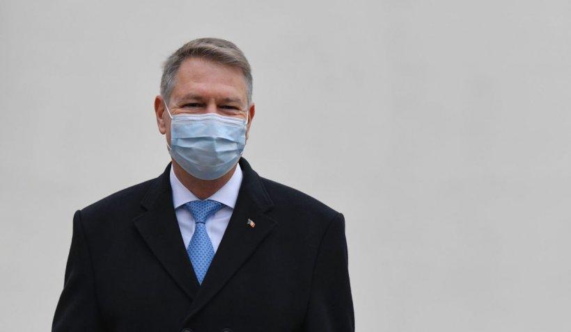 Klaus Iohannis: Vor fi şi mai multe centre drive-through de vaccinare, imunizarea e singura cale de ieşire din pandemie