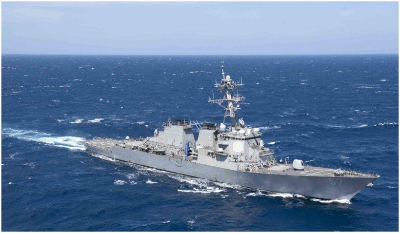 Marina SUA a deschis focul asupra navelor iraniene în Golful Persic