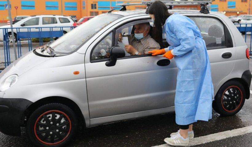 Aproape 80% din populaţia eligibilă a României este încă nevaccinată împotriva COVID-19