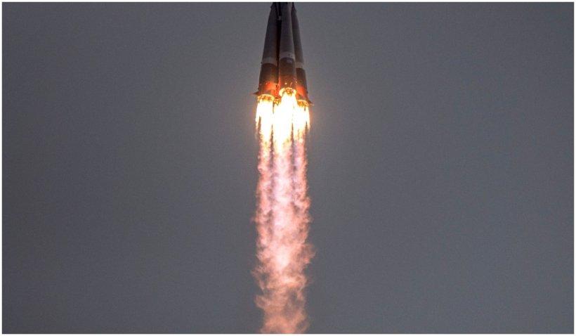 O rachetă uriașă chinezească, scăpată de sub control, se va prăbuși pe Pământ în jur de 10 mai
