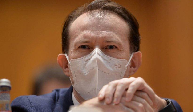 """Florin Cîțu: """"Dacă toate persoanele sunt vaccinate, în birourile open space ar putea să nu se mai poarte mască"""""""