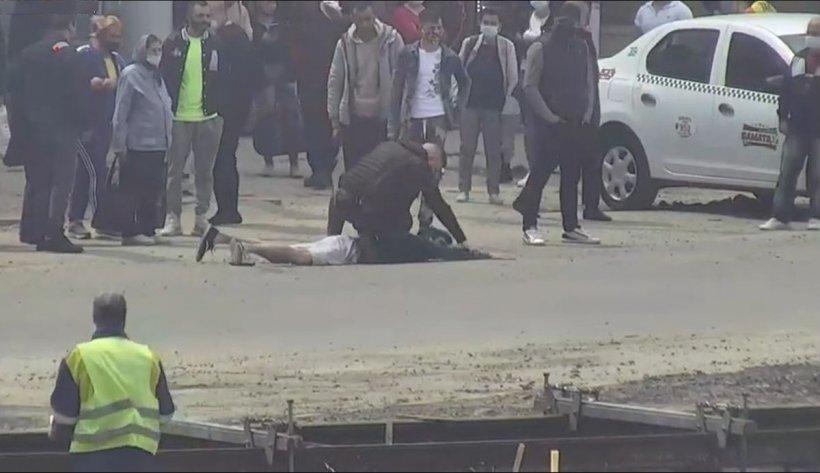 Bărbat ameninţat cu cuţitul, în staţia de autobuz. Agresorul, prins de un polițist local aflat în timpul liber
