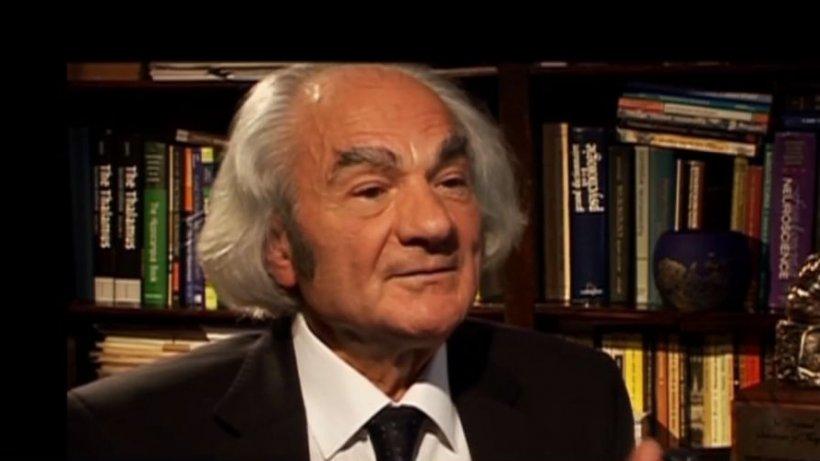 Profesorul Leon Dănăilă, pe lista de așteptare de la Spitalul Foișor. Neurochirurgul se confruntă cu dureri foarte mari