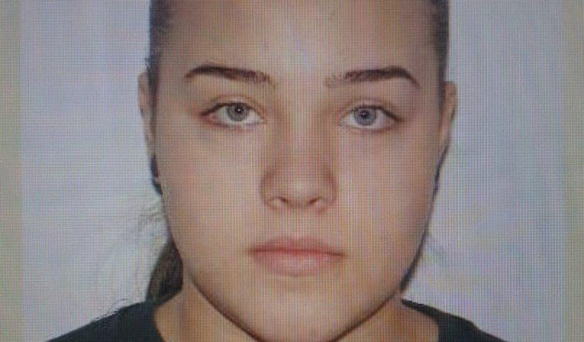 O copilă de 15 ani din Botoșani a dispărut de la domiciliu. Poliția o caută pe Hulpan Arianna Gabriela