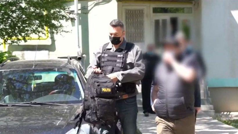Noi detalii despre bărbatul din Botoşani care şi-a sechestrat şi terorizat familia