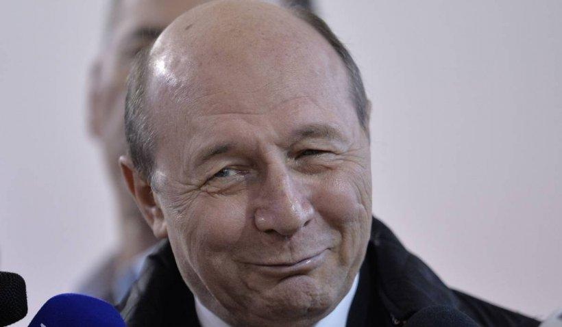 Adevărata față a lui Traian Băsescu. Când a avut primul contact cu Securitatea