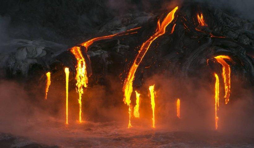 """Cel mai mare vulcan de pe Pământ se trezește din """"somn"""". Specialiștii avertizează că ar putea erupe"""